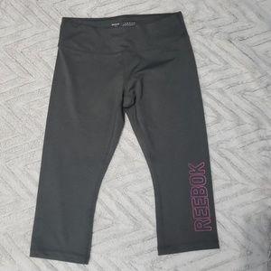 Womens Reebok gray workout capris size L NWOT